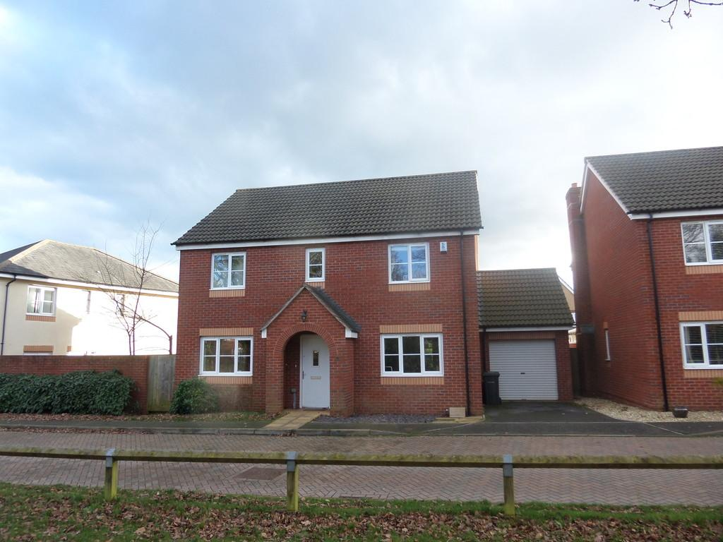 4 Bedrooms Detached House for sale in Liberty Way, Exeter