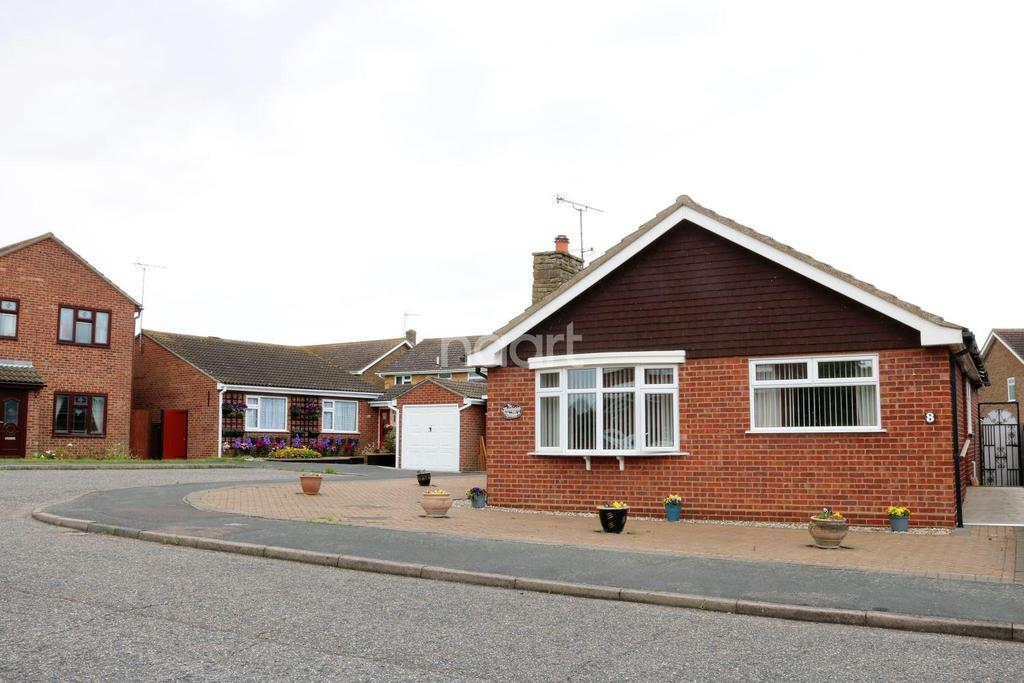 2 Bedrooms Bungalow for sale in Robin Hood