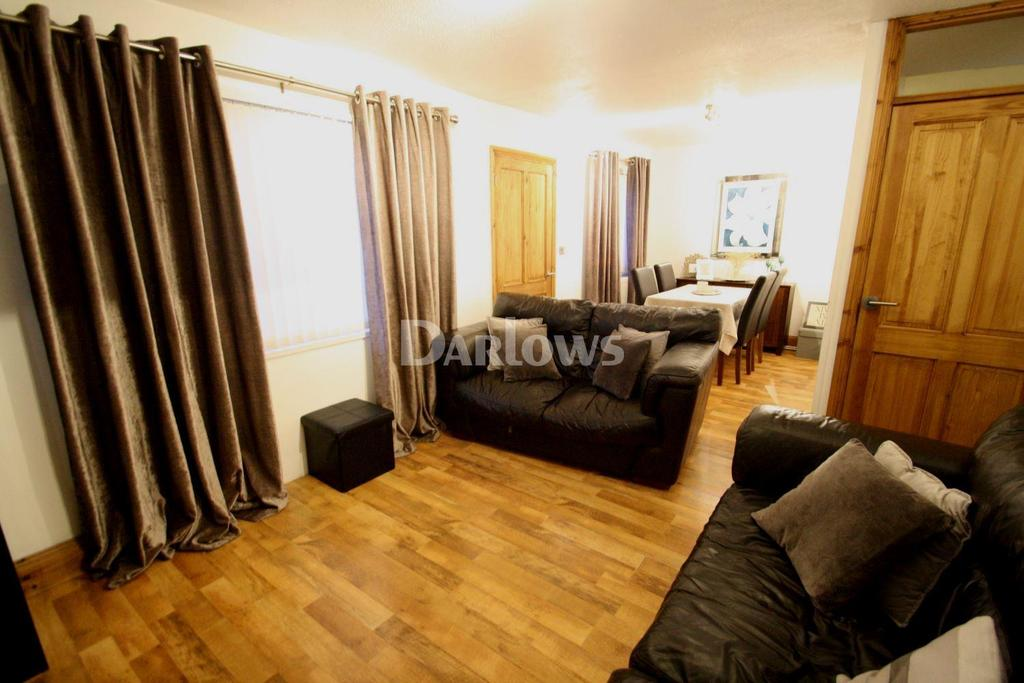 3 Bedrooms End Of Terrace House for sale in Yscuborwen, Tredegar, Gwent