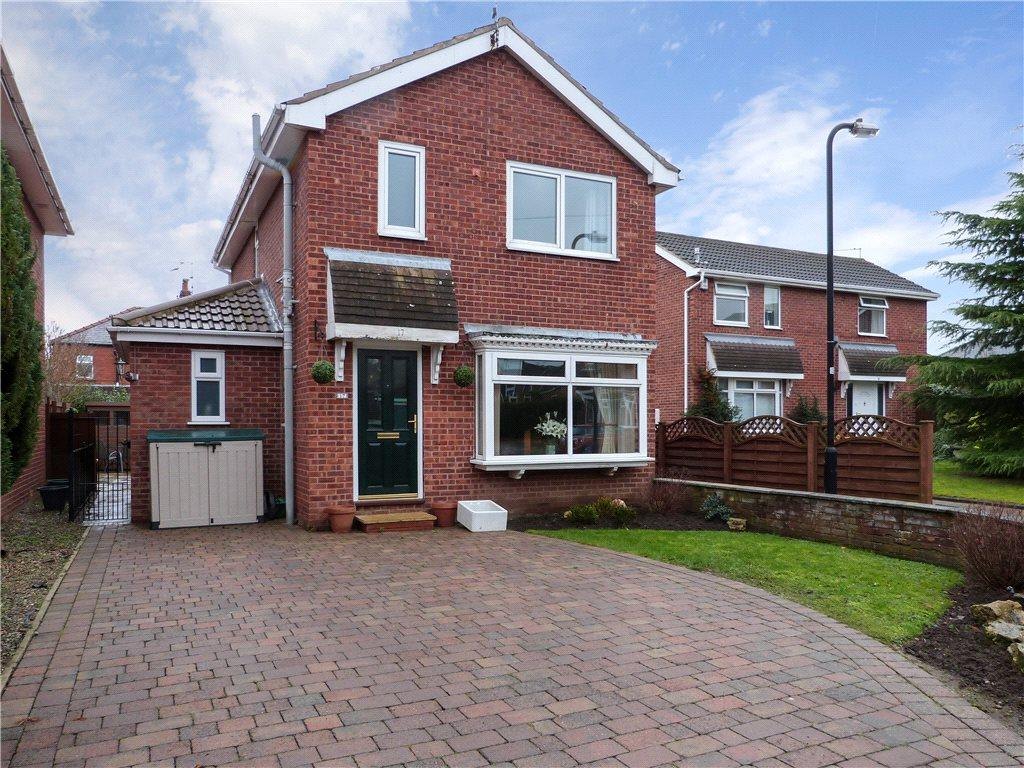4 Bedrooms Detached House for sale in Hambleton Close, Knaresborough, North Yorkshire