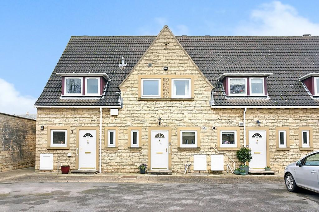 2 Bedrooms Retirement Property for sale in Hall Mews, Clifford Road, Boston Spa, LS23
