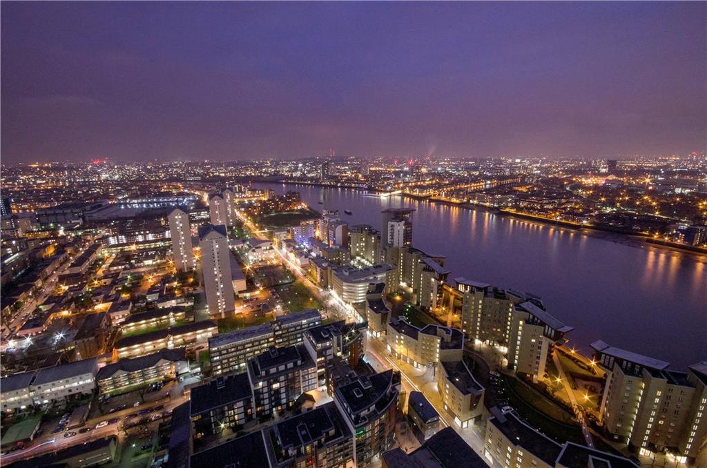 3 Bedrooms Flat for sale in Landmark East Tower, 24 Marsh Wall, Nr Canary Wharf, London, E14