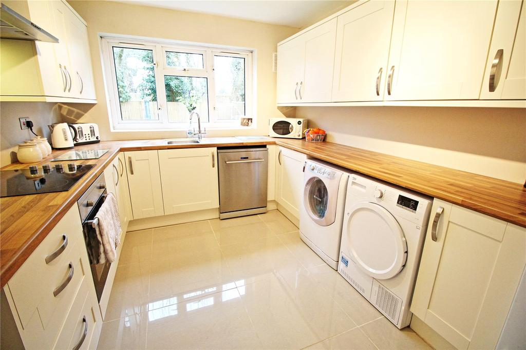 2 Bedrooms Apartment Flat for sale in Kenilworth House, Wolverton Road, Stanmore, HA7
