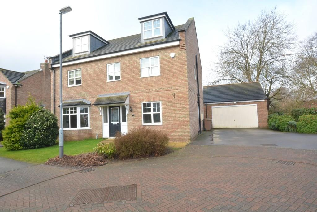 5 Bedrooms Detached House for sale in Chapel Close, Howden, East Riding Of Yorkshire, DN14
