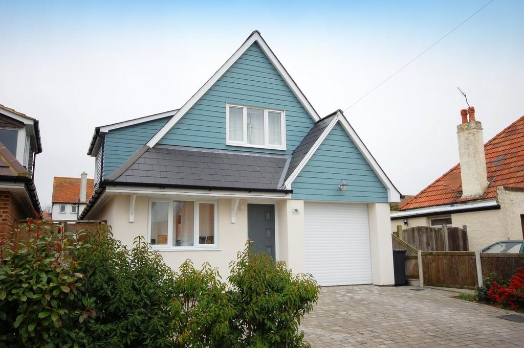 3 Bedrooms Chalet House for sale in West Hill Road, Herne Bay
