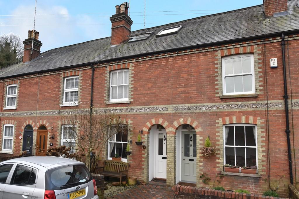 3 Bedrooms Cottage House for sale in Godalming