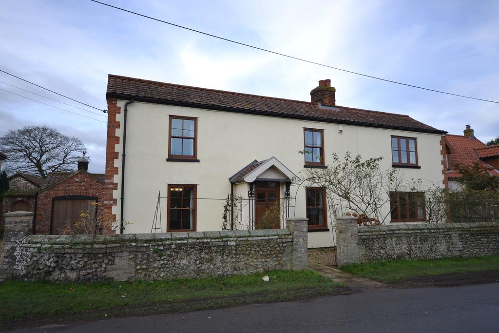 4 Bedrooms Detached House for sale in Mill Lane, Attleborough
