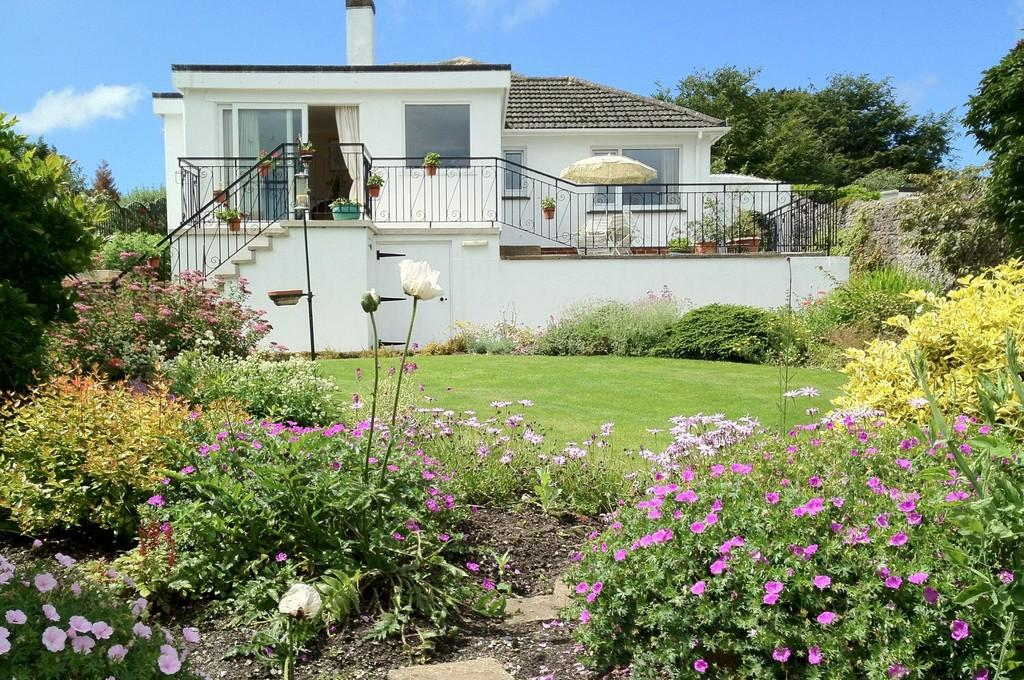 3 Bedrooms Detached Bungalow for sale in Wolborough Close, Newton Abbot