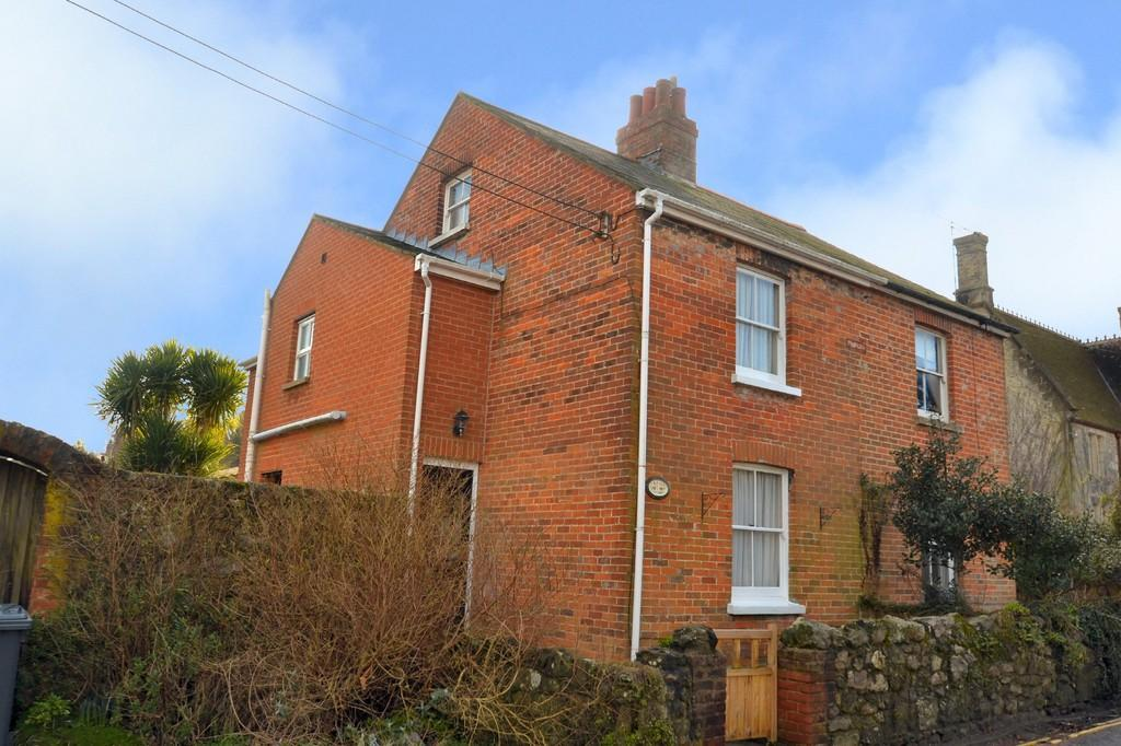 3 Bedrooms Semi Detached House for sale in Church Street, Niton