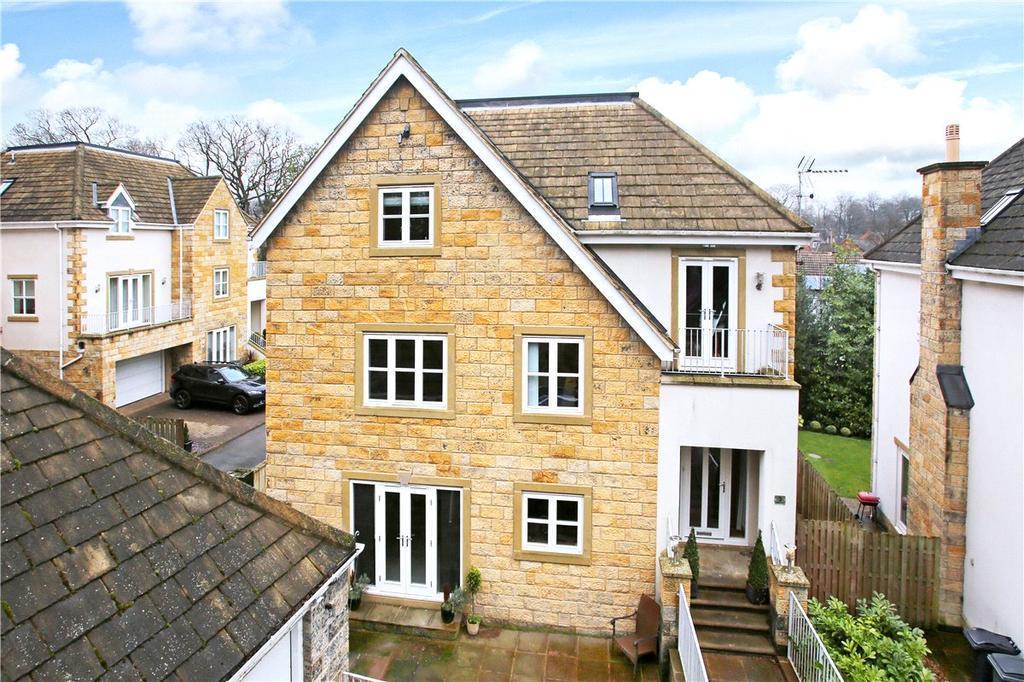 5 Bedrooms Detached House for sale in Arden Court, Adel, Leeds, West Yorkshire, LS16