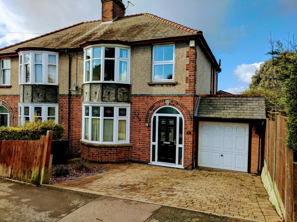 3 Bedrooms Semi Detached House for sale in Mill Hill Road, Hinckley
