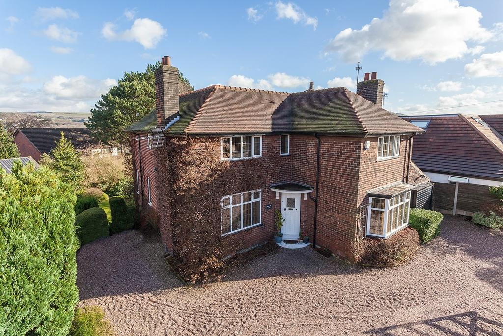 4 Bedrooms Detached House for sale in Arkwright Road, Marple