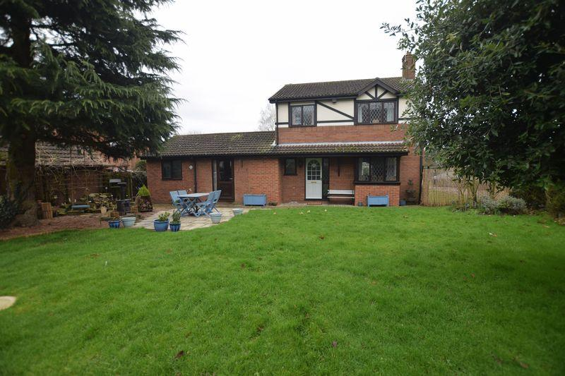 3 Bedrooms Detached House for sale in Church Lodge, Stow, Lincoln
