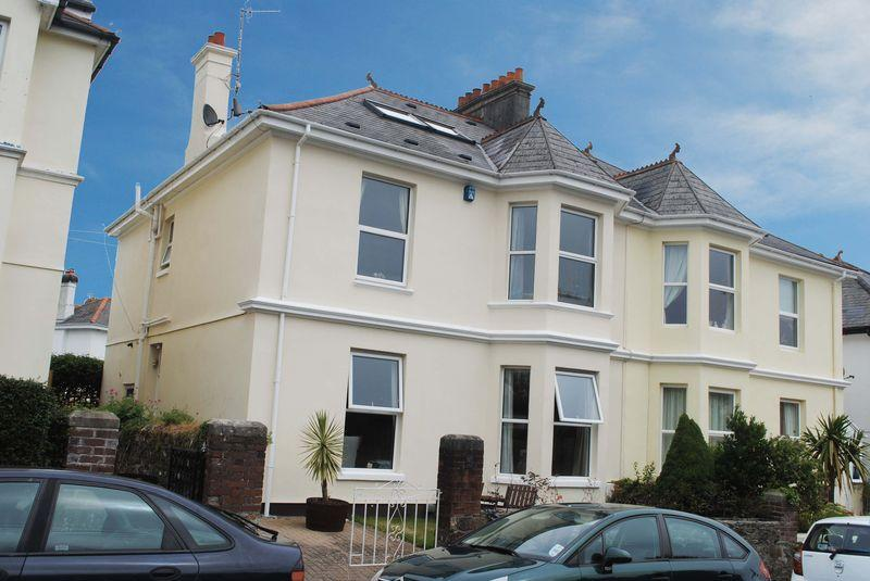 5 Bedrooms Semi Detached House for sale in Essa Road, Saltash