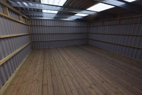 Workshop & retail space to rent - Stanlake Close, Saltash