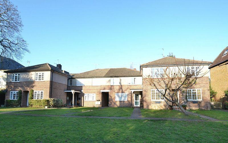 2 Bedrooms Apartment Flat for sale in Beckenham Grove, Bromley