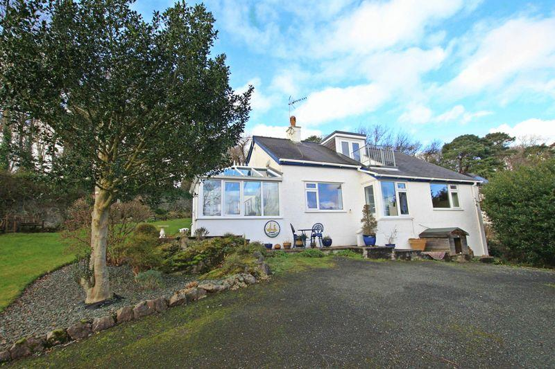 2 Bedrooms Detached House for sale in Menai Bridge, Anglesey