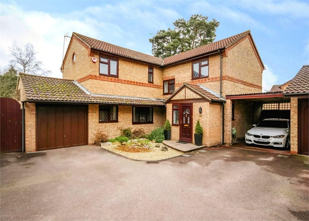 4 Bedrooms Detached House for sale in Chesterblade Lane, Forest Park, Bracknell, Berkshire
