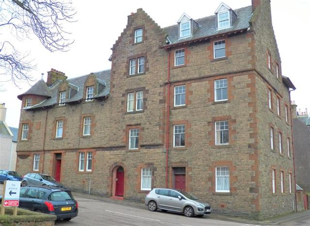 3 Bedrooms Flat for sale in 3 Creagdhu Mansions, New Quay Street, Campbeltown, PA28 6BB