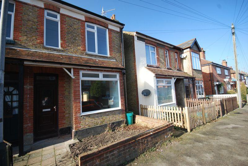3 Bedrooms Semi Detached House for sale in Southwood Road, Rusthall, Tunbridge Wells