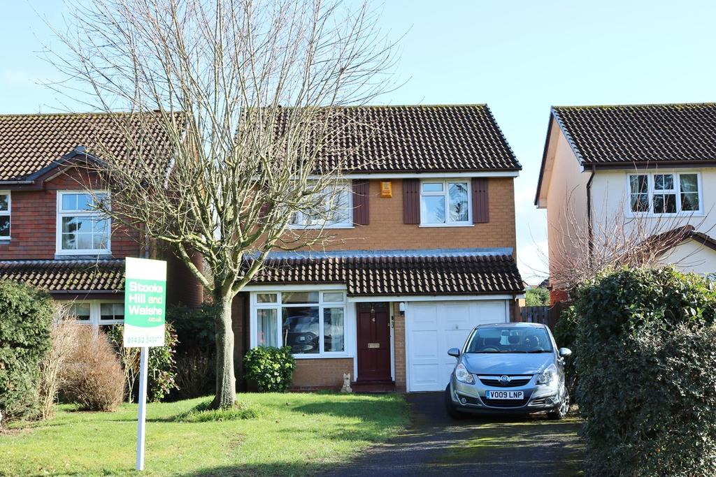 3 Bedrooms Detached House for sale in Queenswood Drive, Hampton Park, Hereford, HR1