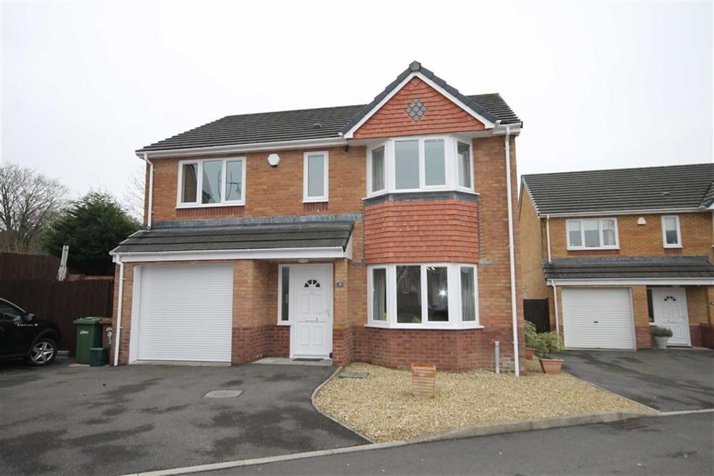 4 Bedrooms Detached House for sale in Market Close, Nelson, CF46