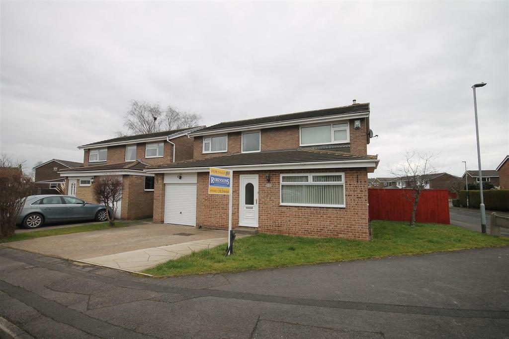 4 Bedrooms Detached House for sale in Runnymede, Nunthorpe, Middlesbrough