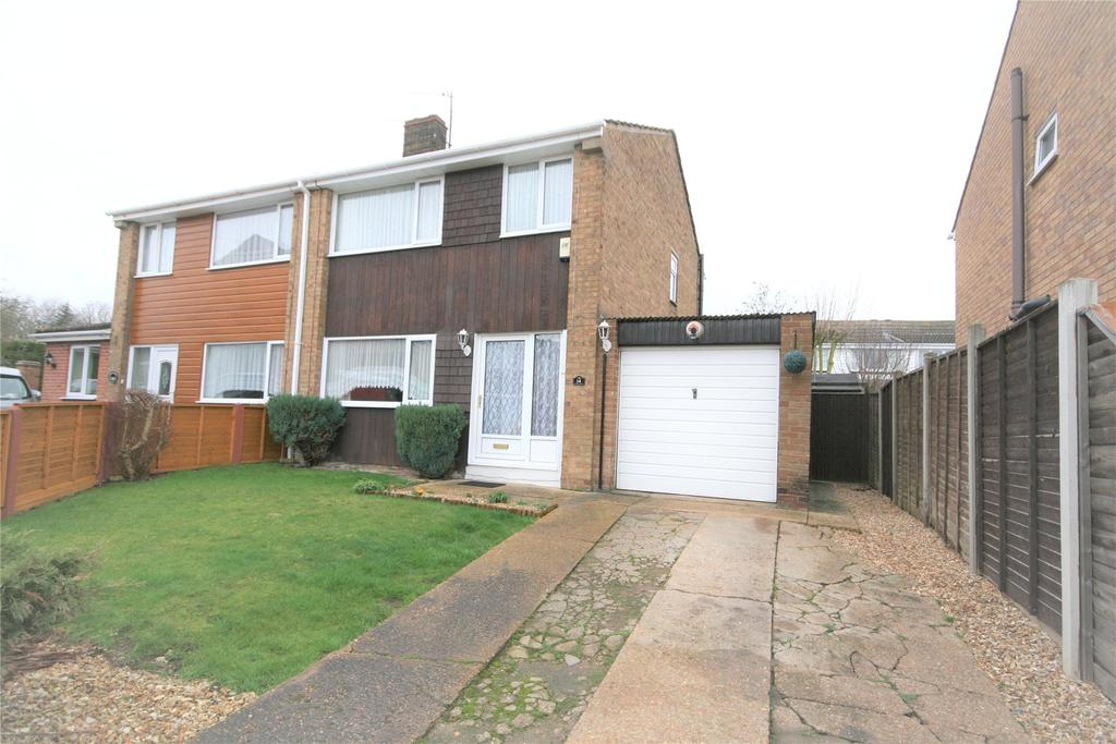 3 Bedrooms Semi Detached House for sale in Mill View, Waltham, DN37