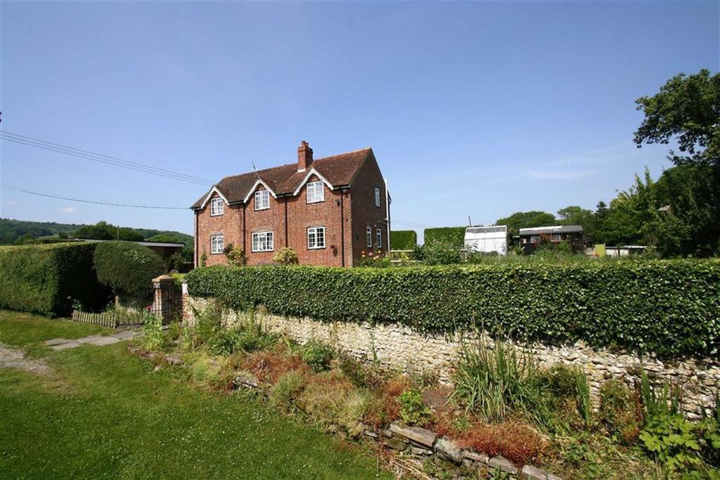 4 Bedrooms Detached House for sale in Ramsdean Lane, Weston, Nr Petersfield, Hampshire, GU32