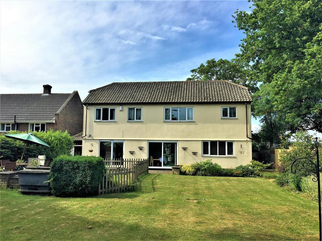 5 Bedrooms Detached House for sale in Raggleswood, Chislehurst