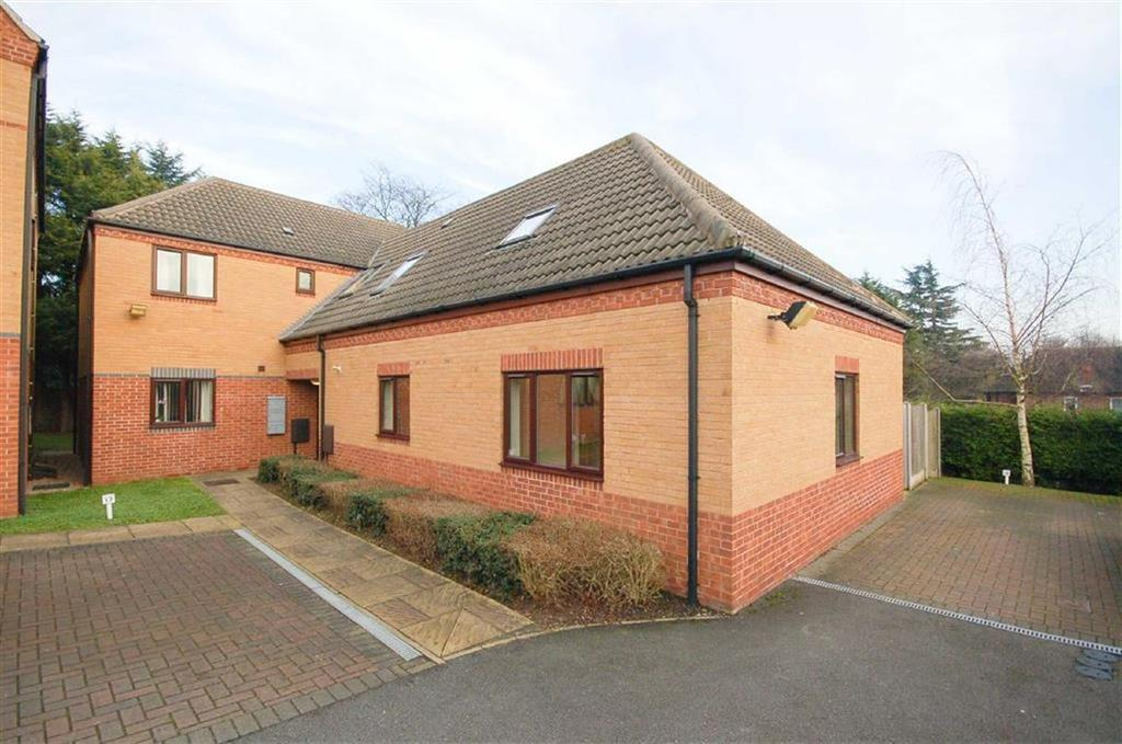 2 Bedrooms Duplex Flat for sale in Danehurst Drive, Gedling