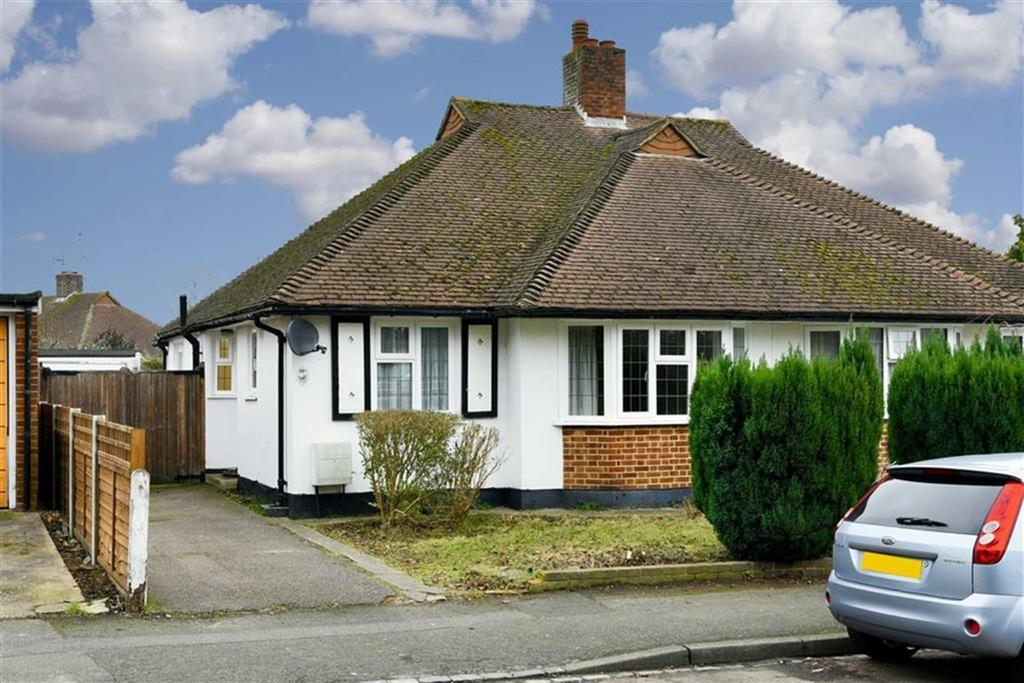2 Bedrooms Semi Detached Bungalow for sale in Wheelers Lane, Epsom, Surrey