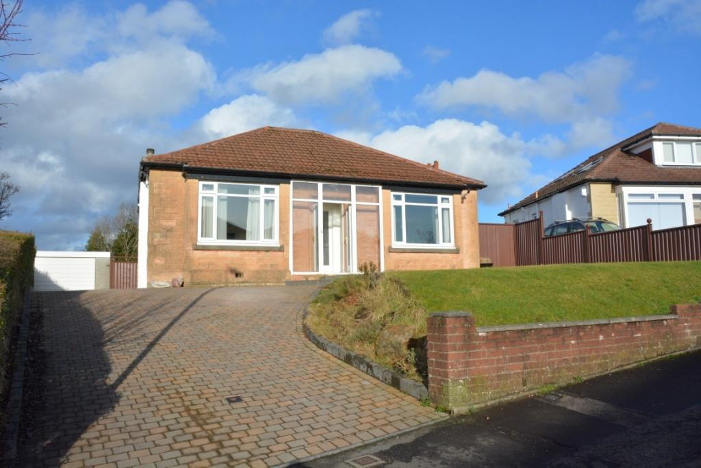 3 Bedrooms Detached House for sale in 5 Clyth Drive, Giffnock, G46 6NW