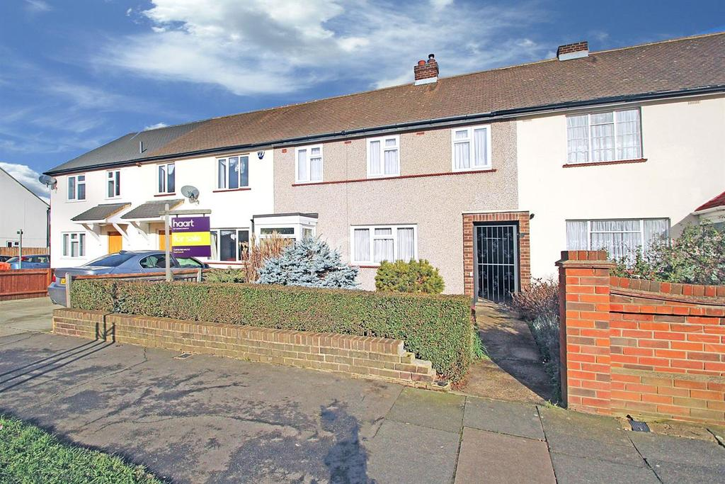 3 Bedrooms Terraced House for sale in Wood Lane, Hornchurch
