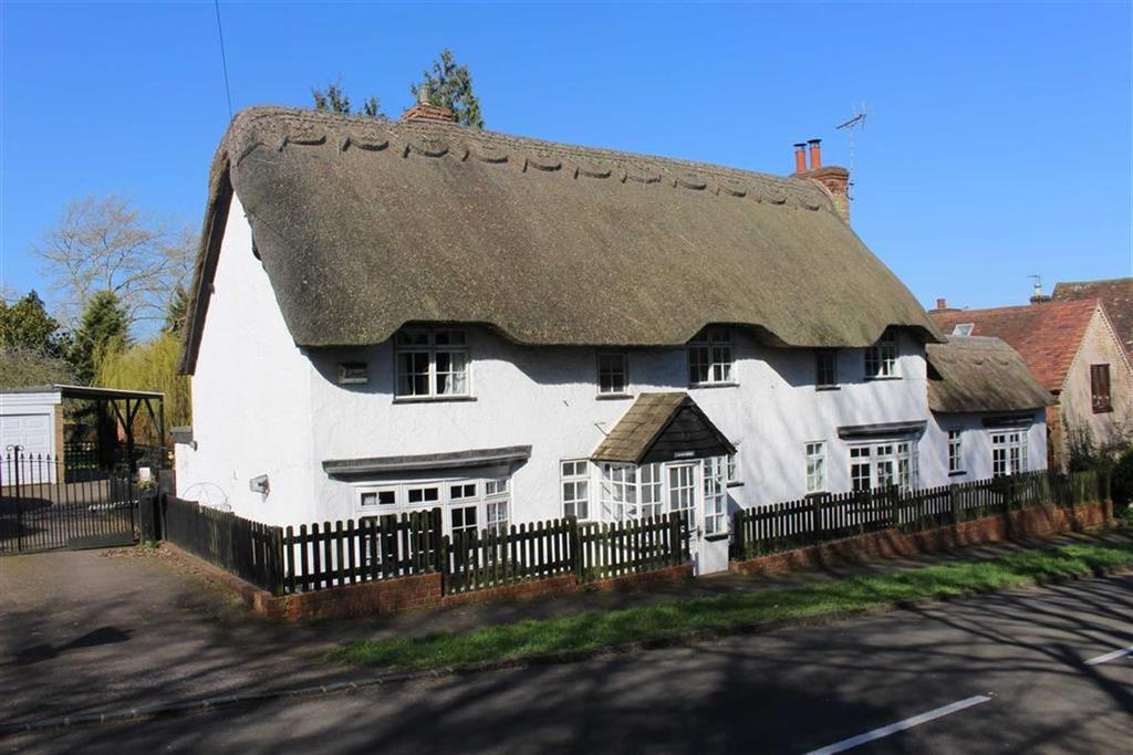 3 Bedrooms Cottage House for sale in Church Cottage, School Hill, Offchurch, CV33