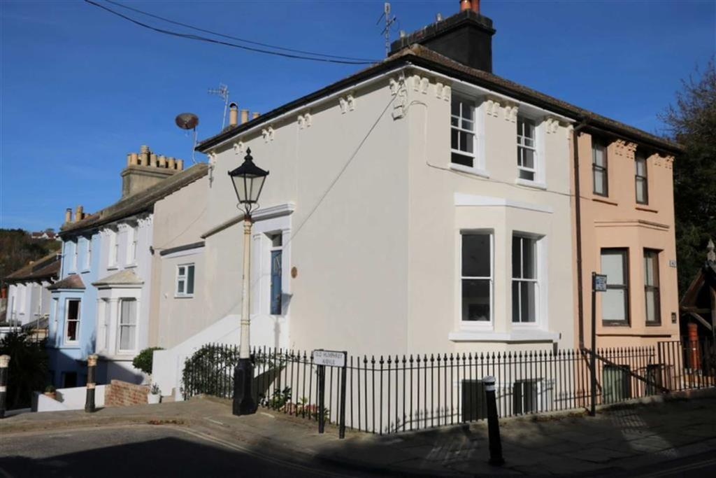 4 Bedrooms Terraced House for sale in Tackleway, Hastings
