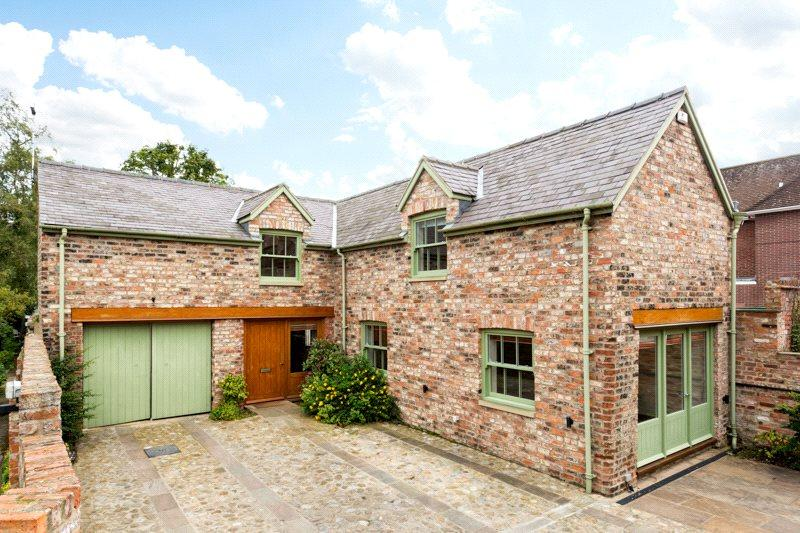 3 Bedrooms Detached House for sale in Galmanhoe Lane, Marygate, York, YO30