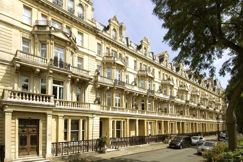 3 Bedrooms Flat for sale in Cambridge Gate, London