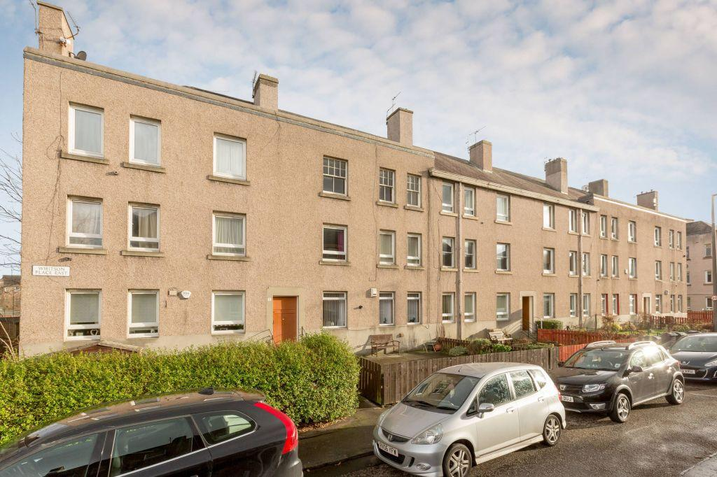 2 Bedrooms Flat for sale in 5/6 Whitson Place East, EDINBURGH, EH11 3BB