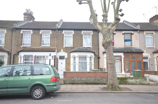 4 Bedrooms Terraced House for sale in Strone Road , E7