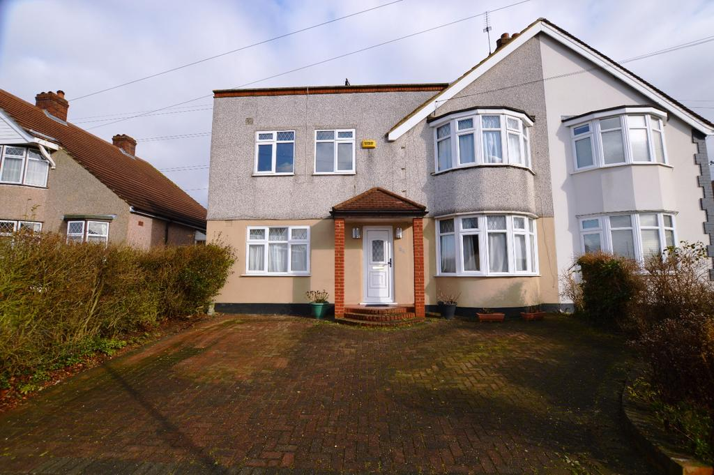 5 Bedrooms Semi Detached House for sale in Yorkland Avenue Welling DA16