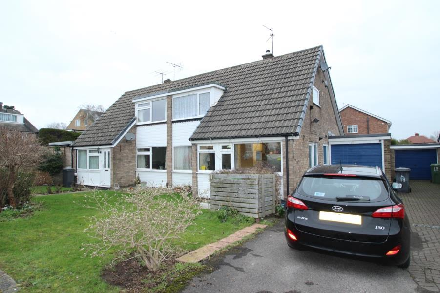 4 Bedrooms Semi Detached House for sale in PADDOCK WAY, YORK, YO26 6AJ