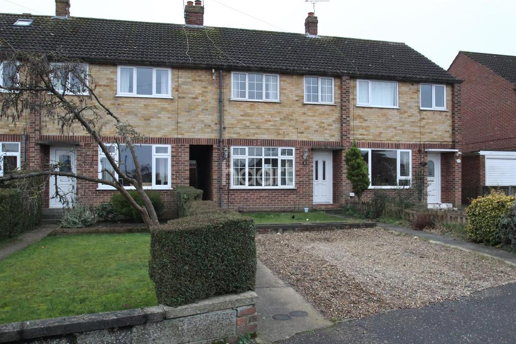 3 Bedrooms Terraced House for sale in Stonehouse Road