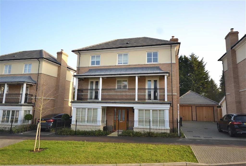 6 Bedrooms Detached House for sale in Buckingham Road, Epping, Essex, CM16