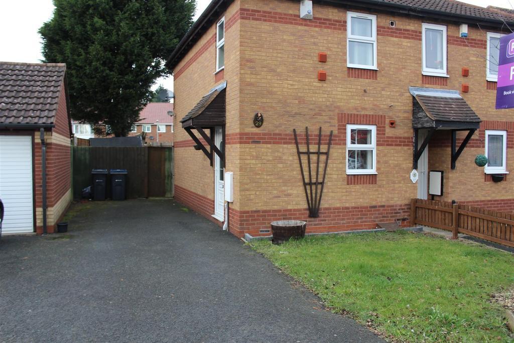 2 Bedrooms Semi Detached House for sale in Sunbeam Way, Birmingham