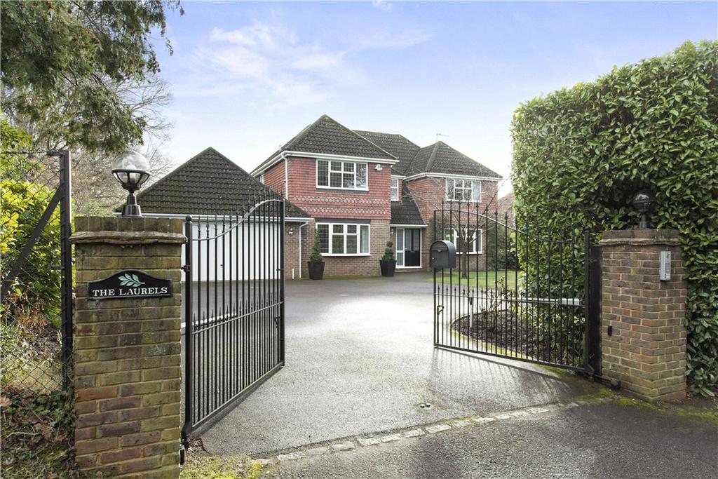 5 Bedrooms Detached House for sale in Miles Lane, Cobham, Surrey, KT11