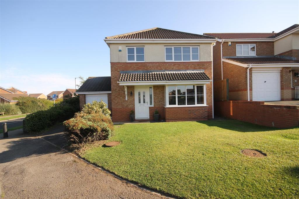 3 Bedrooms Detached House for sale in Totnes Close, Hartlepool