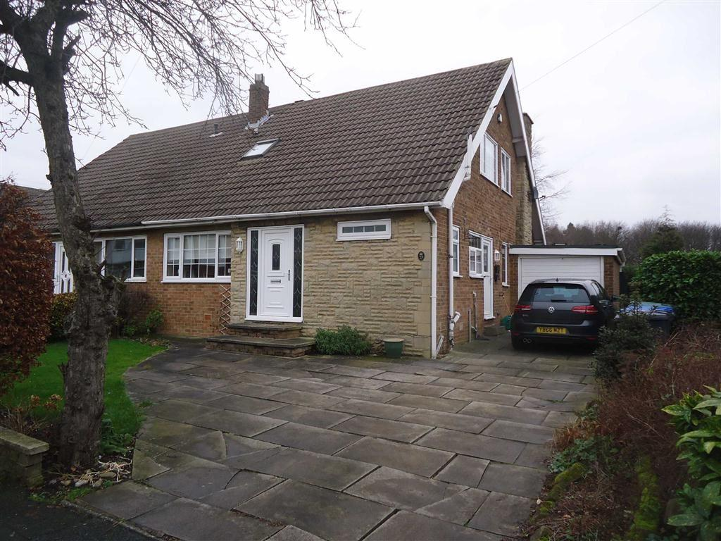 4 Bedrooms Semi Detached House for sale in Belmont Cresent, Bradford, West Yorkshire, BD12