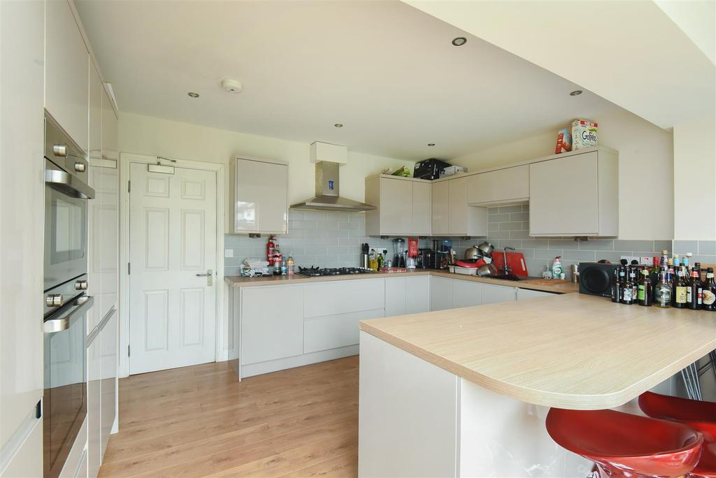 6 Bedrooms Semi Detached House for sale in Aldrich Road, North Oxford