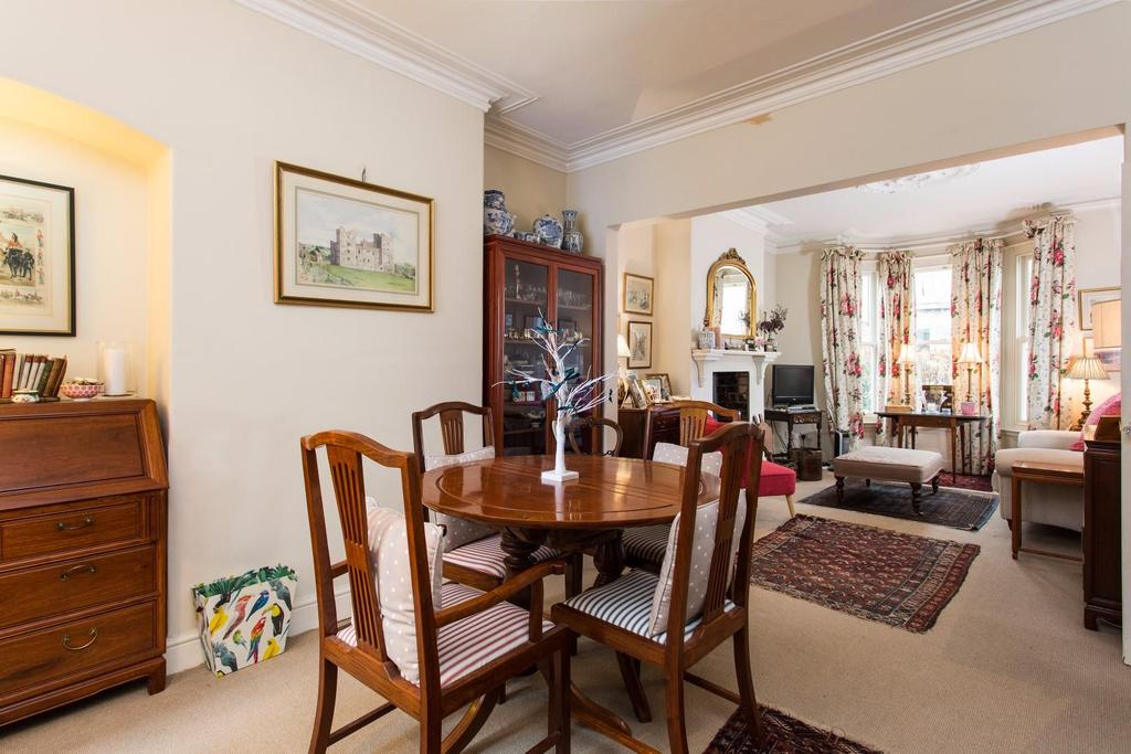 3 Bedrooms Terraced House for sale in Millfield Road, York